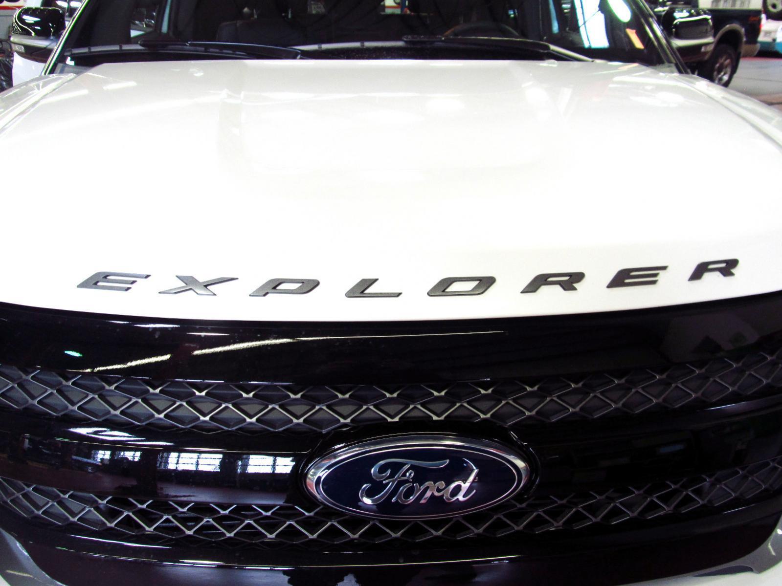 Name:  ford-explorer-black-letters.jpg Views: 11383 Size:  163.0 KB